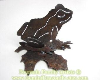 Little Frog Metal Garden Art from Rusty Recycled Metal Nursery Decor