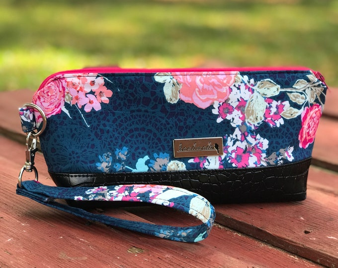 The Brooke Clutch Wristlet ~ Blue with Pink Flowers (3)
