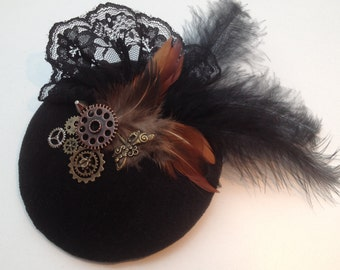 Fascination steampunk black with lace, different feathers, dragonfly and gears