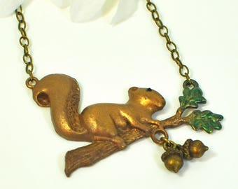 Squirrel Necklace Topsy - Squirrel and Acorn Pendant - Squirrel Jewelry - Woodland Animal -Nature Lover Gift -Nature Jewelry -Animal Jewelry