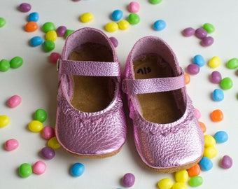 SPRING Mary Janes Leather Baby Moccasins, Soft Soles, Crib Shoes,  leather mary janes, baby moccs, toddler moccasins,