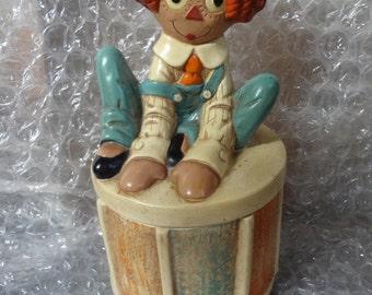 Raggedy Andy Twin Winton Antique Jar w/ Lid