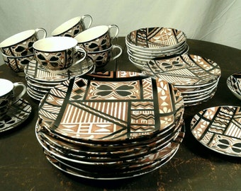 40 Pc Vintage Dinnerware Set Mid Century Bold Geometric Abstract Brown Black White Japan Pottery China Plate Bowl Cup Saucer 8 Place Setting