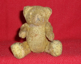 LITTLE ANTIQUE TEDDY Bear