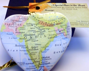 India Map Christmas Ornament, Your Special Place in the Heart / HONEYMOON Gift / Wedding Map Gift / Travel Tree Ornament /