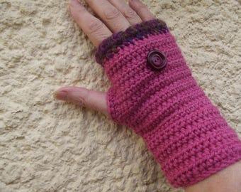 Pink crochet mittens