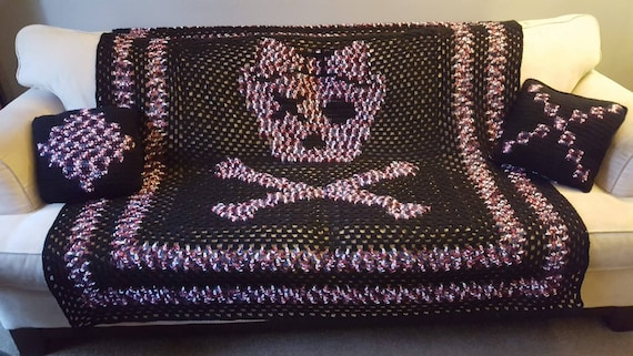 Skull And Crossbones Blanket W Pillow Pink Camo And Black Blanket