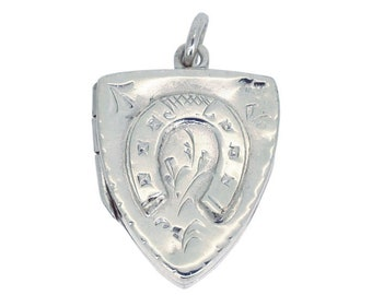 Silver Horse Shoe Locket