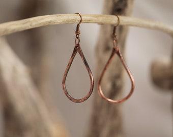 HAND FORGED COPPER earrings~ Copper dangle drop earrings~ Copper Jewelry~ Simple Jewelry~ Elegant Jewelry~ Hammered Copper~ Earrings~ Boho