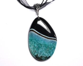 N11 - Stone - black Agate and Quartz 60mm Teardrop Turquoise pendant necklace