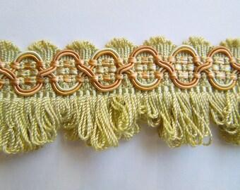 Decorative Scalloped Fringe