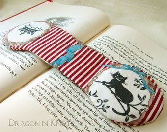 Cheshire Cat Book Weight - red and ivory striped weighted bookmark, alice in wonderland, book lovers gift, classic literature, literary