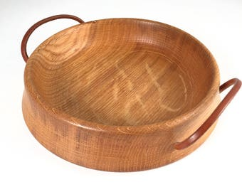 Beautiful wooden bowl with 2 leather handles, 60s
