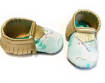 Unicorn Fringe Moccasins - Unicorn Baby Moccs - Gold Moccasins - Mint Moccasins - Vegan Leather Baby Shoes - Baby Shower Gift - Birthday