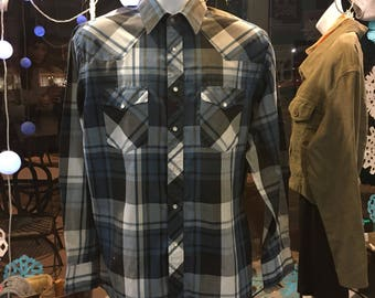 Mens vintage Wrangler plaid western pearl snap // size 16-35 X-long tails