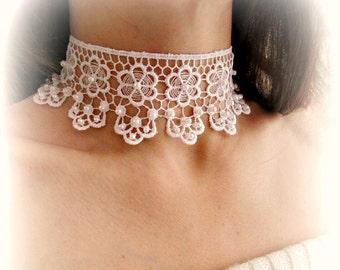 Girocollo pizzo bianco, collana fiori pizzo, collana sposa, collarino pizzo ricamato, gioielli sposa, collana girocollo merletto