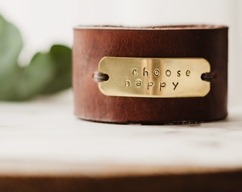 Stamped leather cuff bracelet for women, Womens leather cuff bracelet, leather word bracelet, copper cuff bracelet, gift for mom, wife gift