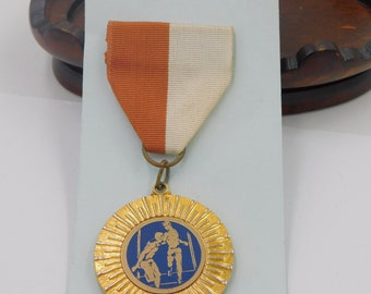 Vintage Track and Field Relay Race Medal  dr65