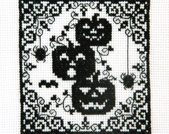 Scary Halloween picture Finished embroidery Crazy Black Pumpkins Spider Bat cross stitch Happy October Cool Halloween ideas Home funny decor