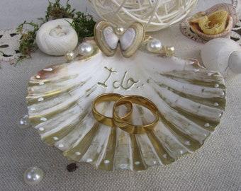 Heartshaped wedding rings wedding rings heart ring holder