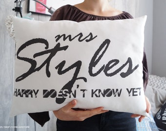 One Direction - Mrs Styles - Harry Styles - Harry doesn't know yet