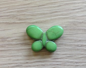 Green howlite Butterfly 35 x 25 mm