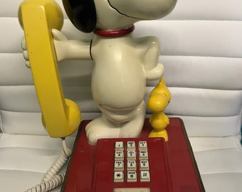 Vintage Snoopy And Wiodstock Phone