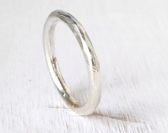 Facets stacking silver ring, textured ring, thick stacking ring with facets, unisex silver ring, faceted ring in silver
