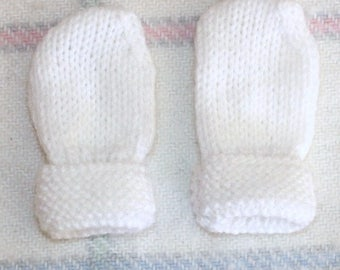 Fingerless mittens gloves white baby Layette / sizes / Premature to 6 months