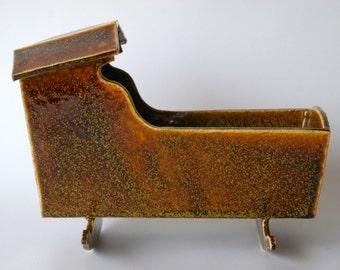 Stoneware Cradle