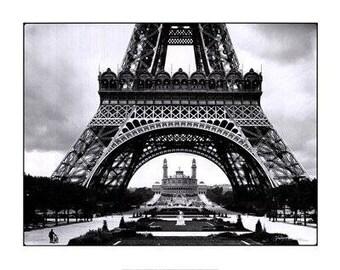 """Paris - La Tour Eiffel et le Vieux Trocadero - 24x36"""" Poster"""
