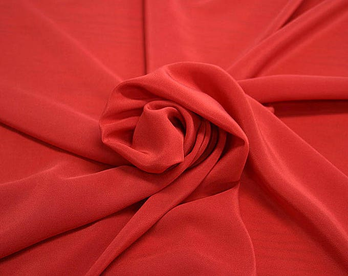 301101-crepe de Chine natural silk 100%, wide 135/140 cm, made in Italy, dry cleaning, weight 88 gr, price 1 meter: 45.38 Euros