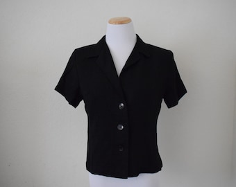 FREE usa SHIPPING Vintage 1980s women's cropped top/blouse/short sleeves/ button up blouse/rayon acetate/ size Medium