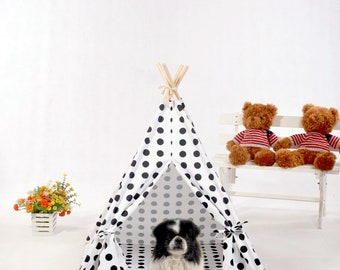 Polka Dot Dog Teepee with mat