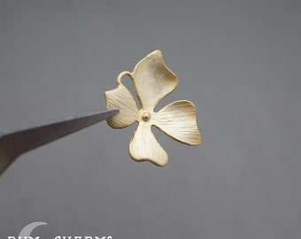 0351 - Pendant Connector, Matte Gold Plated, Curved Four Brushed Petal Flower Connector Pendant, 2 Pieces