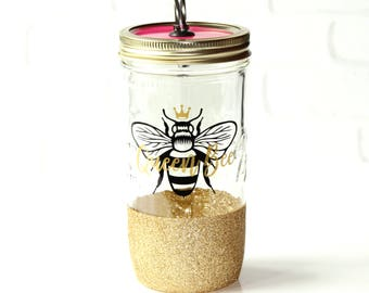Gift for Mom / Queen Bee Gift / Queen B / Gift for the Queen Bee / Gift for Queen of Everything / Glitter Dipped To Go Cup