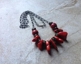 Corral necklace