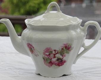 Vintage Teapot, Victorian Teapot with Anemone Design, Antique Teapot, Bone China Teapot, Floral Teapot