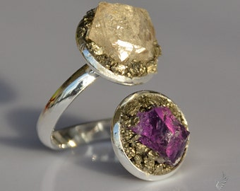 April Birthstone Jewelry - Alternative Engagement Ring - Crystal Ring - Rustic Wedding Ring - Raw Amethyst Ring - Рerkimer Diamond Jewelry