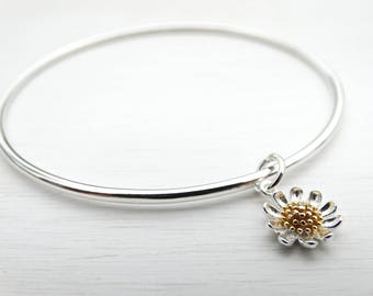 Silver Daisy Bangle - Sterling Silver