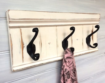 White coat rack with black cast iron hooks - Distressed - Country farmhouse style - Rustic - Wooden coat rack