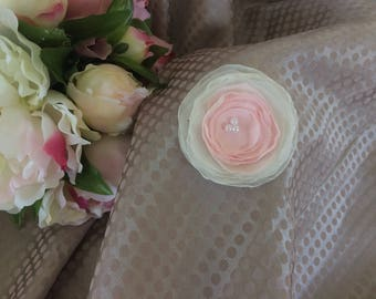 Flower 6 cm chiffon pastel pink and white
