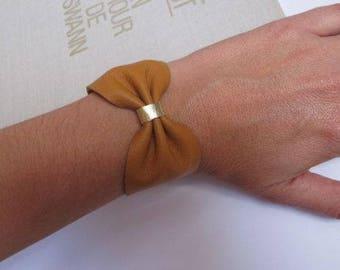 size small leather knot bracelet