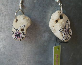 Stone flower earring