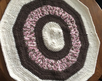 Oval Crocheted rug made with Bernat blanket yarn  dark taupe/cream/pink multi  36x32.  Machine wash and dry. Free shipping