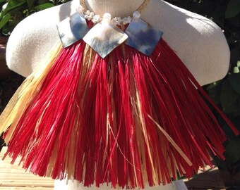 Authentic hau/fau grass neck piece/necklace with mother of pearl shells for Cook Islands & Tahitian dancers. For both male an d female.