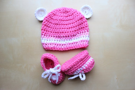 Simply adorable u handmade pink crochet baby bear hat and negle Gallery
