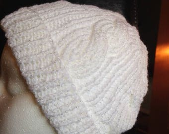 Sparkly Knit White Hat (Adult Size M)