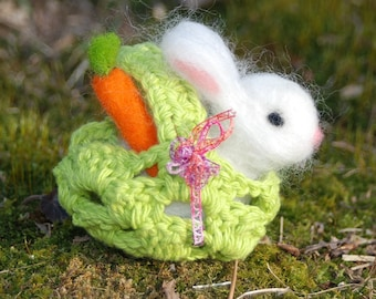 Needle Felted Bunny, With Basket and Carrots, Handmade, Easter Bunny, Easter Basket