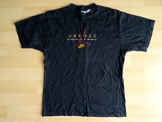 3b6b01b6dae6a1 90s black NIKE JORDAN t-shirt size S